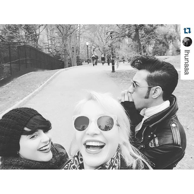Central Park w my mistress and my butler  #insidejoke #ladueña #laughingoutloud #Repost @lhunaaa with @repostapp ??? #NYCMoments con @katcastroo #makingmemories #CentralPark #LaDueña #StrangersMakeTheMoment