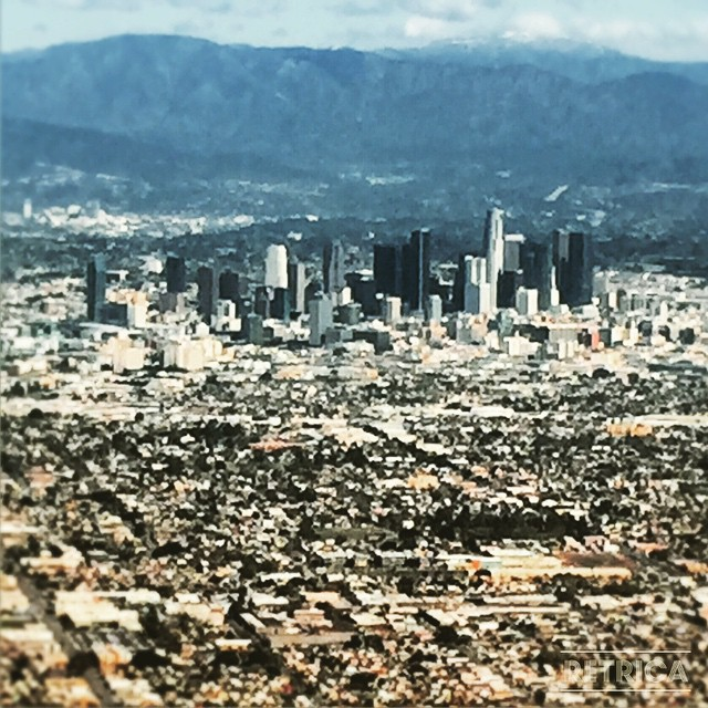 #RETRICA straight out of #SyFy #postapocalyptic movie except it's not, this is what we see from above when flying back into LAX #therealesmeraldcity