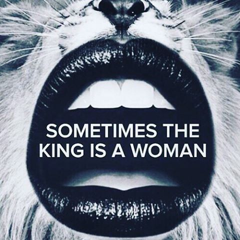 Sometimes you just got to throw on a crown and remind them who they're dealing with... #King #kingofdiamonds? #march10 #foreveraking #currentmood #beastmode #likesboss