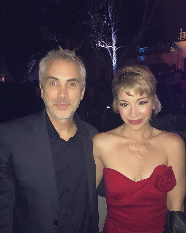 #pinchme with the man himself: Alfonso Cuarón! What a rockstar!! Talent pours out through his skin, is what you sense when talking with him. His energy can light up the entire city. A gracious gentleman. My respects and hats off to you, sir! #elcaballerodelcine #thegentlemanofcinema #actress #producer #AlfonsoCuarón #themaster #DR #Mexico #latinos #latinosinthehouse #diversity #filmindependent #LAFilmFestival @filmindependent @desierto @arclightcinemas @anivalm